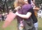 Abraços grátis na Faculdades EST
