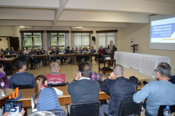 Atualização teológica em Rodeio 12