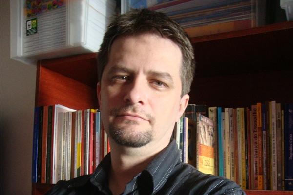 Professor da EST palestra para acadêmicos da URI