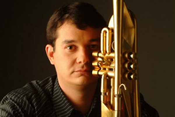 EST oferece masterclass de trompete
