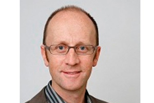 Professor da Universidade de Berna ministra seminário de liturgia