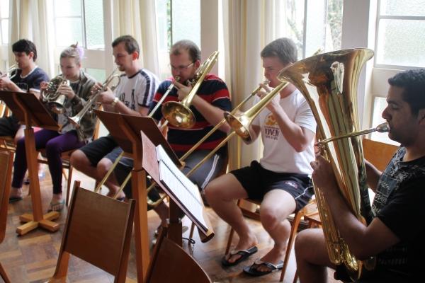 Grupo de trombonistas resgata uma tradição do século 19
