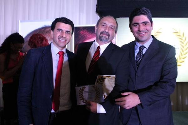 EST é premiada por destacado trabalho na promoção dos Direitos Humanos