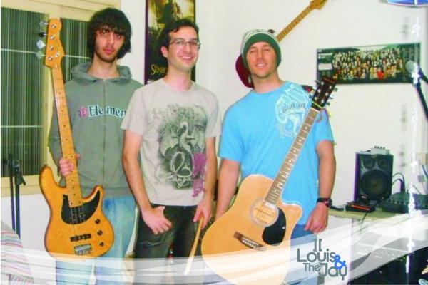 Banda formada na EST recria canções clássicas do surf music