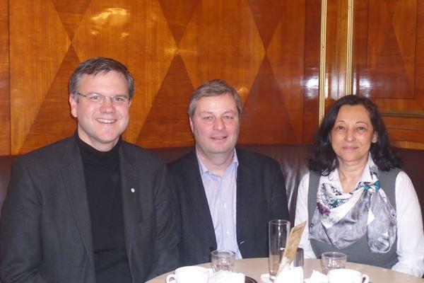EST reforça articulação internacional com Salzburg
