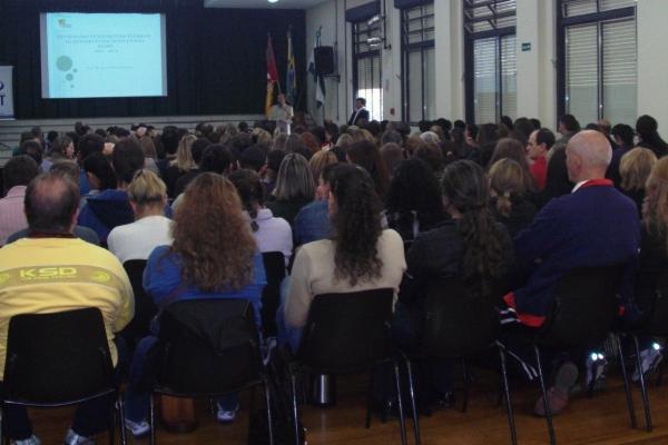 EST reúne 400 professores em Seminário de Formação