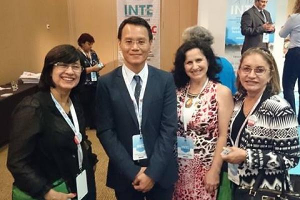Professora e doutorandos da EST participam de conferência sobre os Novos Horizontes da Educação