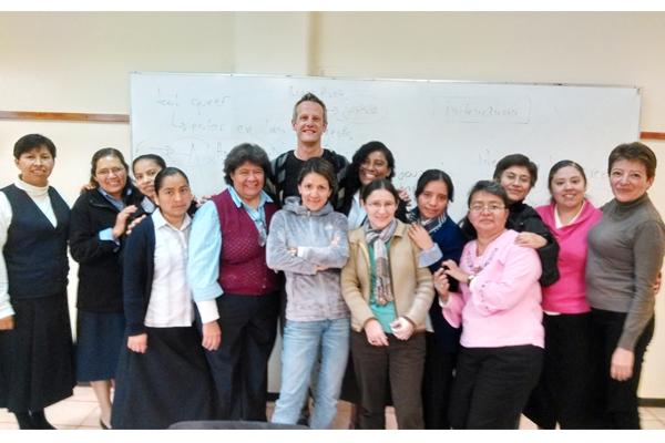Faculdades EST articula redes no México