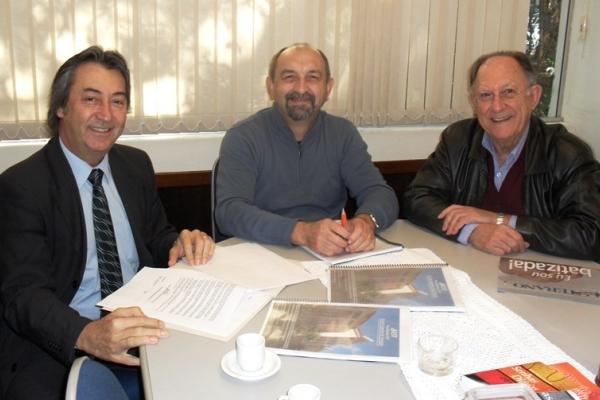 EST firma parceria com a Neoplan para a reforma do Prédio Diretivo