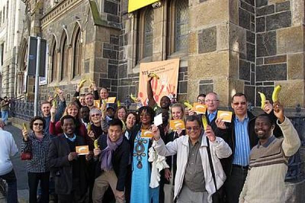 Participantes da campanha ecumênica recobram forças para um tratado de comércio de armas forte