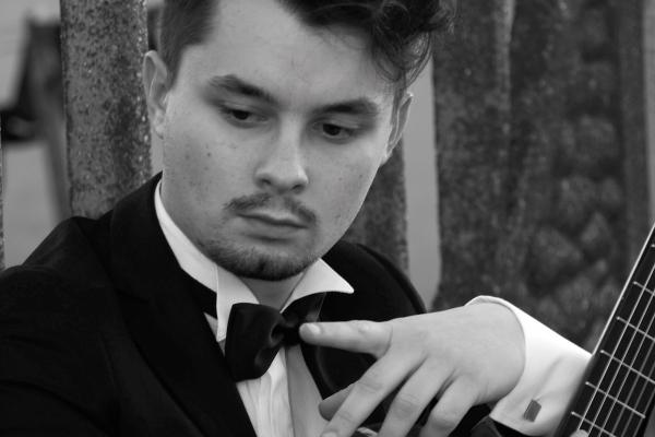 Acordes internacionais: Faculdades EST/ESEP traz o músico italiano Andrea Roberto para São Leopoldo
