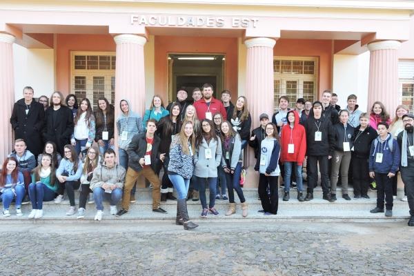 Faculdades EST recebe jovens do Sínodo Planalto Rio-Grandense