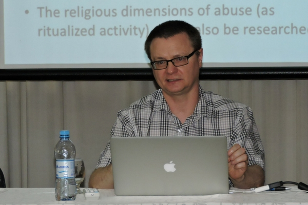 Docente da Nova Zelândia ministra palestra na Faculdades EST